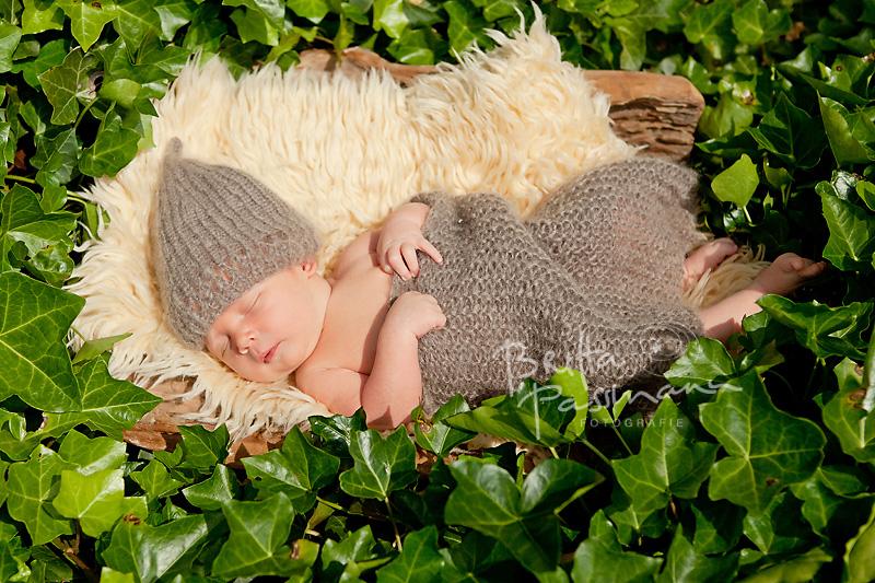 Neugeborenenfotografie Dortmund | Vincent | 8 Tage