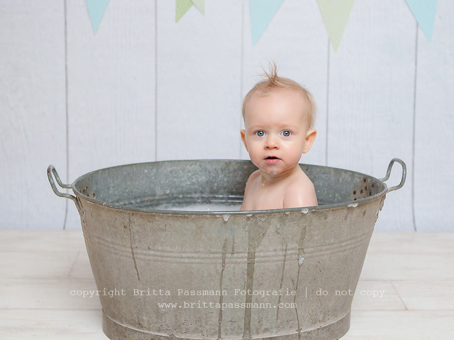 Süße Babyfotos zum ersten Geburtstag | Laurin