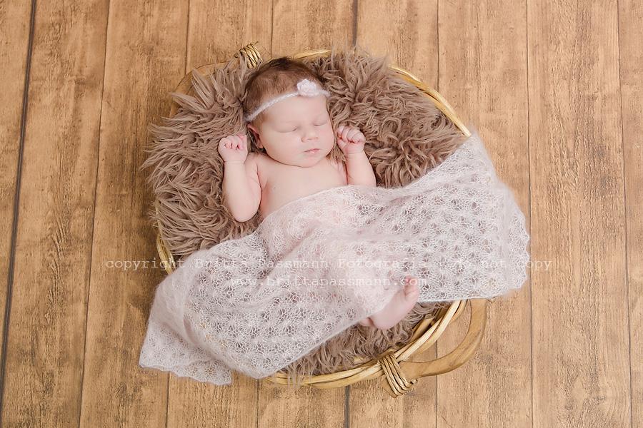 Neugeborenenfotos Bochum | Anna | 9 Tage