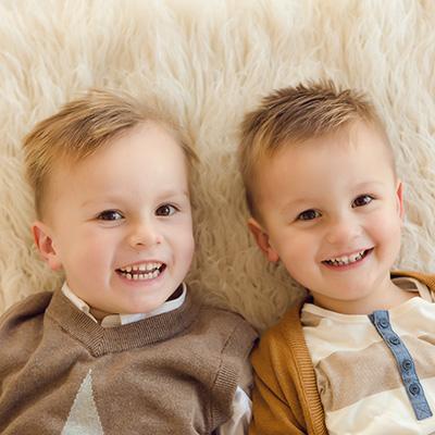 Kinderfotos und Familienfotos zu Weihnachten
