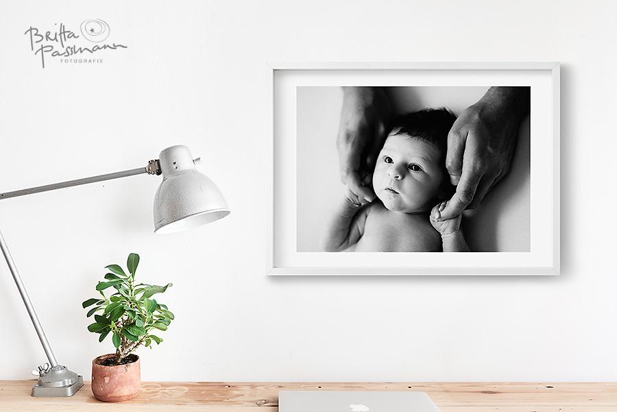 Wandbilder-Neugeborenenfotos-Dortmund-Babyfotos-Fotoshooting-Fotostudio-Dortmund-Britta-PassmannWandbilder-Neugeborenenfotos-Dortmund-Babyfotos-Fotoshooting-Fotostudio-Dortmund-Britta-Passmann